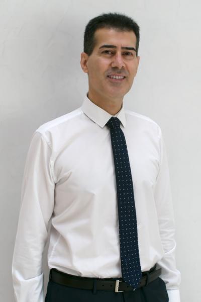 Dr. Ahmad Nazari